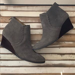 jack Rogers sz8 wedge booties